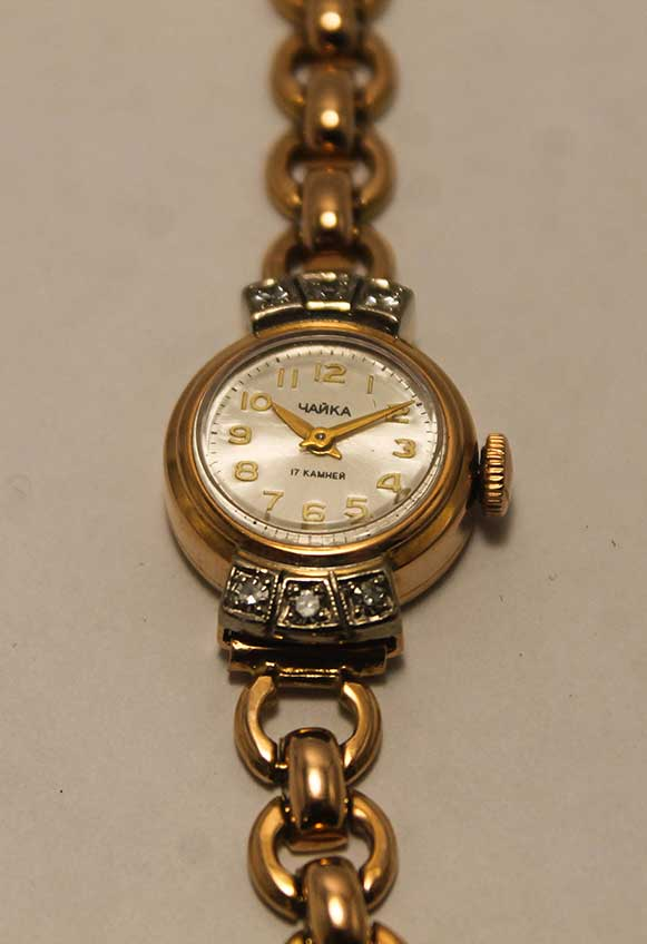 Наручные часы купить в Сочи  Женские золотые механические часы «Чайка» a4cea12c08d
